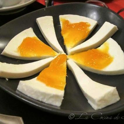 Queso de cabra malagueña con mango de málaga (mango_mmm…)